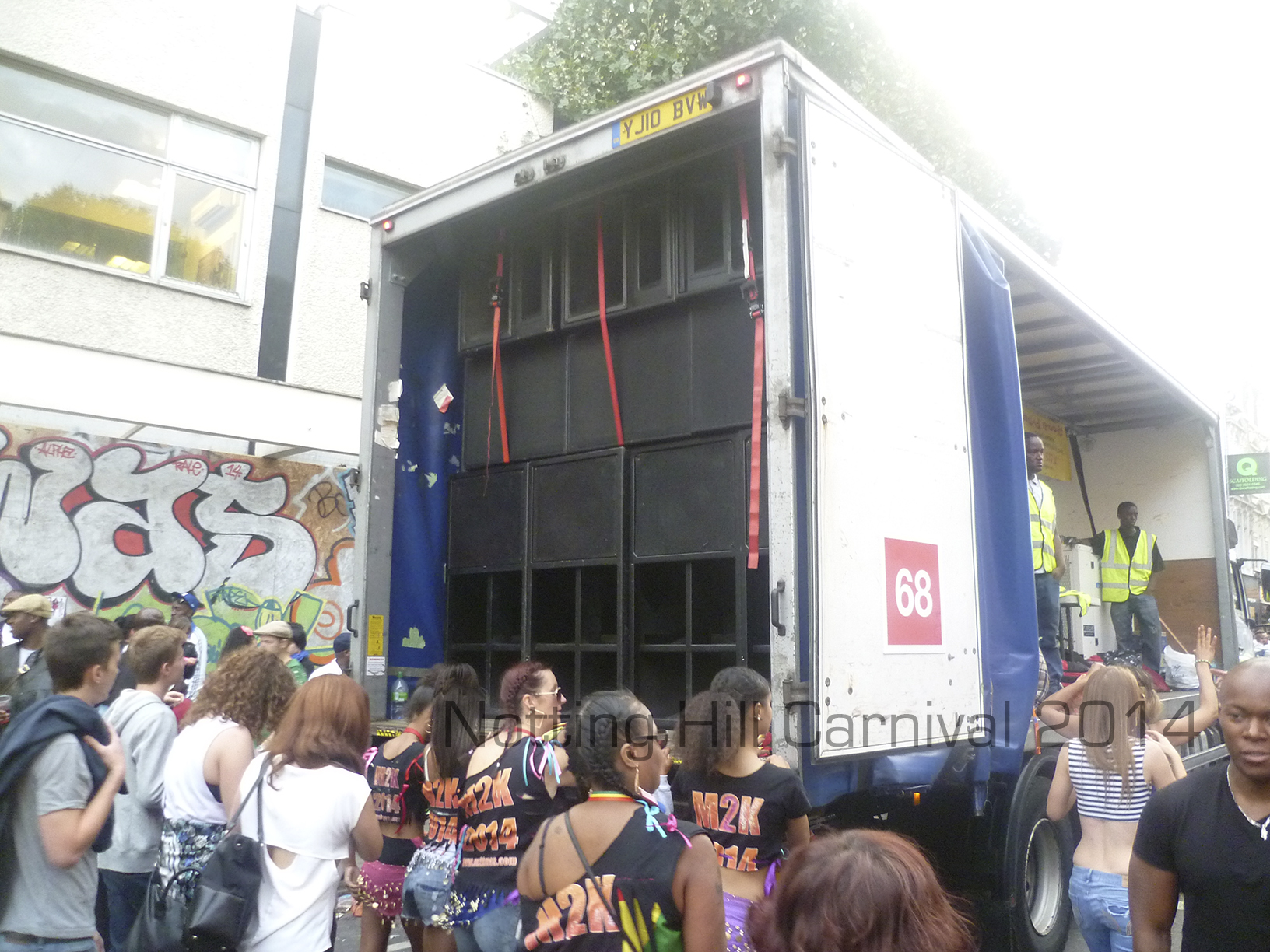 Notting-Hill-Carnival-2014-Float-Sound-System-4